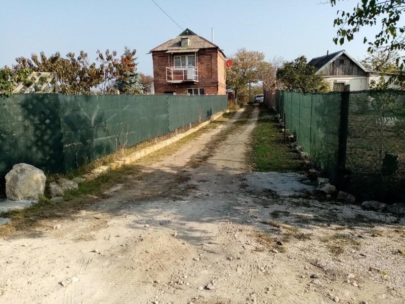 Забор из строительной/садовой сетки – как он выглядит и ведет себя в деле